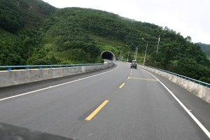 jwj_china_hghway_tunnel