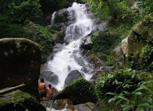 thai-chiangrai-airterjun